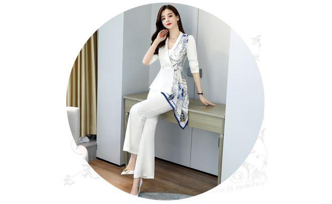 Trang phục công sở áo và quần màu trắng sang trọng phong cách Tây